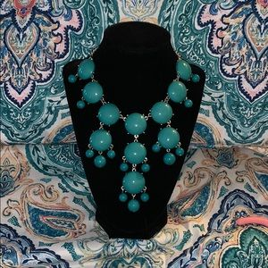 Jewelry - Long chunky turquoise colored necklace